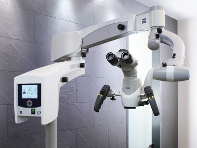 Henry Schein to Distribute Zeiss Dental Microscopes and Dental Loupes